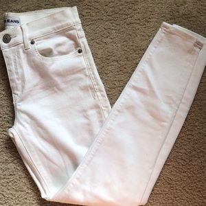 White Express ankle cut jeans